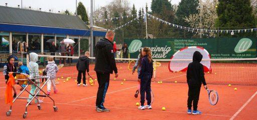 Voor elk wat wils bij de gezellige Tennisvereniging Poseidon in Lelystad